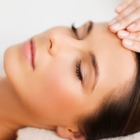 30 min Refresher Facial